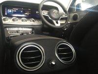 Mercedes-Benz: E200 Avantgarde Line (IMG_0213.JPG)