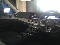 Mercedes-Benz: E200 Avantgarde Line (IMG_0218.JPG)