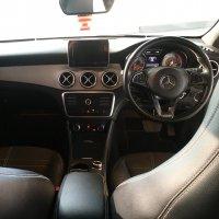 Mercedes-Benz CL Class: MERCEDES BENZ CLA 200 URBAN 2015 (58F9C7E3-376C-4C48-98B7-CED51B3EF6CD.jpeg)