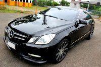 Mercedes-Benz E Class: Mercy E250 Coupe AT Hitam 2013