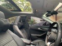 Mercedes-Benz: Mercedes Benz CLA 200 amg line (A52568EB-E17F-4C8E-AB32-2EC9666E991D.jpeg)