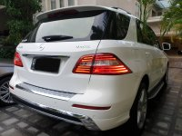 Jual Mercedes-Benz ML Class: ML400 AMG LINE WHITE ON BLACK MULUS