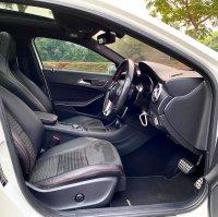 Mercedes-Benz G Class: MERCEDES BENZ 2015 GLA 200 AMG CBU (203DC33C-E688-437F-954D-70706E79F1A8.jpeg)