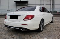 Mercedes-Benz E Class: MERCY E300 AT PUTIH 2017 PAKAI 2018 (WhatsApp Image 2020-12-31 at 09.29.46 (1).jpeg)