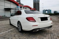 Mercedes-Benz E Class: MERCY E300 AT PUTIH 2017 PAKAI 2018 (WhatsApp Image 2020-12-31 at 09.29.47.jpeg)