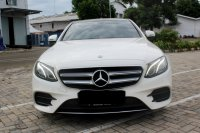 Mercedes-Benz E Class: MERCY E300 AT PUTIH 2017 PAKAI 2018 (WhatsApp Image 2020-12-31 at 09.29.49.jpeg)