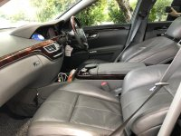 Mercedes-Benz S Class: MERCY S300 AT HITAM 2008 (WhatsApp Image 2020-12-15 at 10.23.00 (1).jpeg)