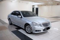 Mercedes-Benz: 2011 Mercedes Benz E200 Avantgarde Terawat Antik tdp 66jt