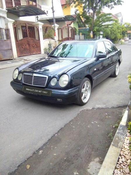 E class mercy e 230 manual th 1997 for Mercedes benz e class manual
