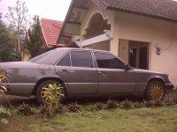 Mercedes-Benz 300E: mercedes tahun 1992 E-300 (IMG00025.jpg)