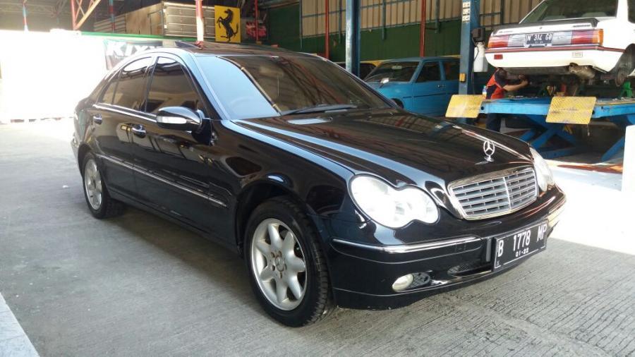 C Class: Mercedes Benz C240 (W203) '2002 AT Original ...