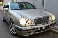 E Class: Mercedes-Benz W210 1997 (A.jpg)