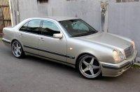 E Class: Mercedes-Benz W210 1997 (B.jpg)