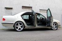 E Class: Mercedes-Benz W210 1997 (C.jpg)