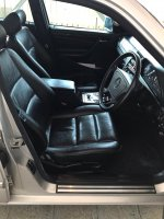 Mercedes-Benz C Class: Mercy C240 W202 tahun 2000 khusus penggemar (image4.JPG)