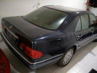 Mercedes-Benz E Class: New Eyes W210 E320 Elegance Low KM 1997 5AT (W210-Rear-sm.jpg)