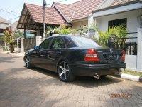 Mercedes-Benz C Class: JUAL CEPAT MERCY C230 MT THN 97 (c230 belakang.JPG)