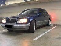 Mercedes-Benz 220E: Mercedes Benz E220 Th 1994 (WhatsApp Image 2017-10-28 at 12.56.24 PM(3).jpeg)