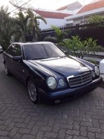 Mercedes-Benz E Class: Mercy New Eyes E 230 MT tahun 1996 sangat terawat (IMG-20171127-WA0001.jpg)