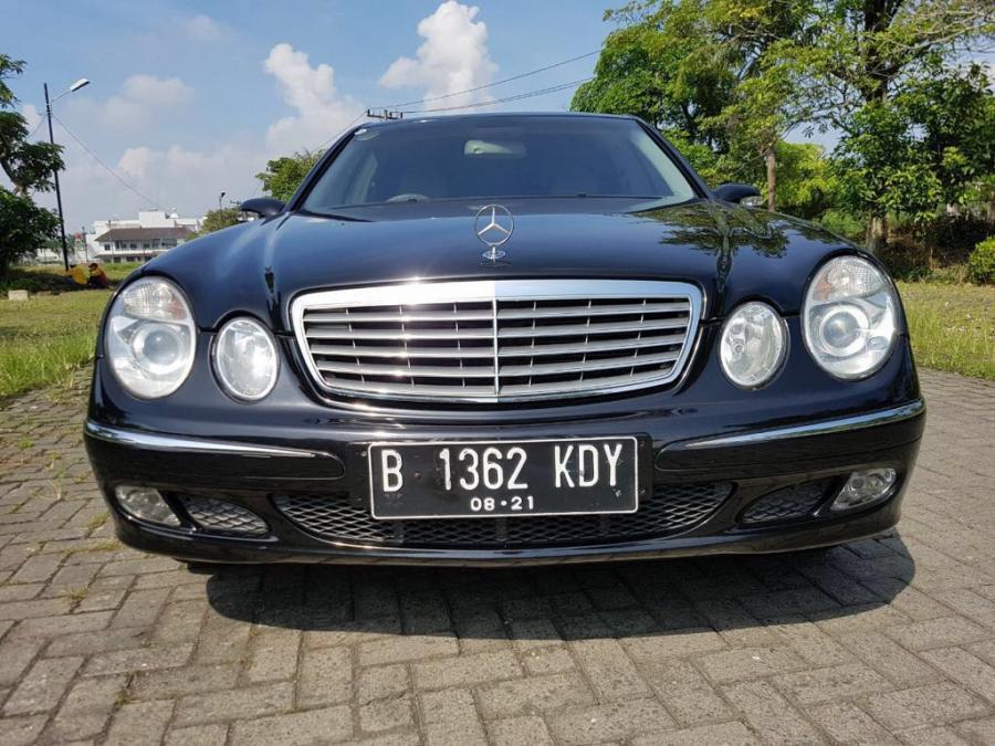Dijual Mobil Bekas Mercedes Benz E260 (Tahun 2005 ...