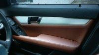 Mercedes-Benz C Class: Mercedes benz C200 grey tenorite on brown (17665E29-64A9-45E2-8AF0-C65759281870.jpeg)