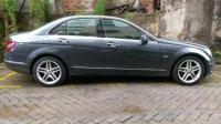 Mercedes-Benz C Class: Mercedes benz C200 grey tenorite on brown (6AF8F146-6A64-4ABA-8B09-EB20BEDFC578.jpeg)