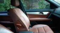 Mercedes-Benz C Class: Mercedes benz C200 grey tenorite on brown (DFBAD494-FA11-4EDD-9432-33767B59E309.jpeg)