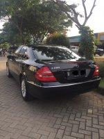 Mercedes-Benz E Class: E280 7G-Tronic 2007 hitam lowKM (image3.jpeg)