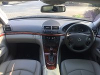 Mercedes-Benz E Class: E280 7G-Tronic 2007 hitam lowKM (image6.jpeg)