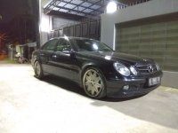 Mercedes-Benz E240: Jual mobil bekas berkualitas (WhatsApp Image 2018-03-13 at 12.44.42 AM.jpeg)