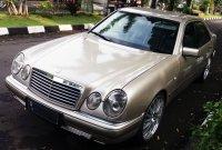 Jual Mercedes-Benz E Class: Mobil untuk yang berjiwa muda ...