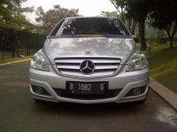 Mercedes-Benz B Class: Mercedes Benz B180 CBU 2010 silver metalic istimewa seperti baru (pic2.jpeg)