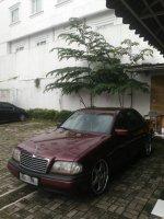 Mercedes-Benz: Mercy merah c180 th 1995 (IMG-20171231-WA0005.jpg)