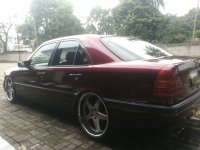 Jual Mercedes-Benz: Mercy merah c180 th 1995