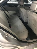 Mercedes-Benz C Class: MERCEDES BENZ C200 2011 FULL ORISINIL CAT (c200 2011 interior belakang.jpg)