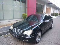Mercedes-Benz C Class: Mercy C 240 Sun-Roof, 2004 (Mercy depan full 130518.jpeg)