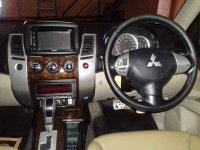 Mitsubishi: Pajero Sport Exceed 2.5 AT Tahun 2011 (in depan.jpg)