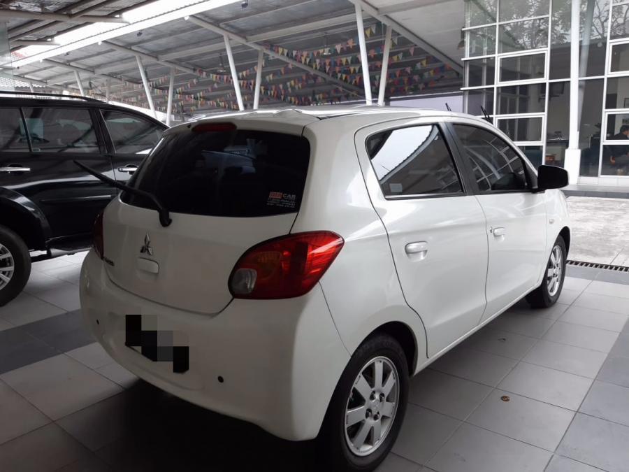 Mitsubishi Mirage 2014 Dijual, Gls AT Putih, mobil bekas ...
