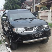 Mitsubishi STRADA Triton 2.5 GLS DC Th2013 Manual (black3.jpg)