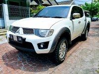 Mitsubishi: Strada Triton 2.5 GLS 4x4 Istimewa