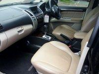 Mitsubishi: Pajero Sport Exceed 2011 (8307407d-4452-4348-bafd-7a3123b17d7f.jpg)