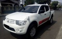 Mitsubishi: Misubishi strada triton 2014