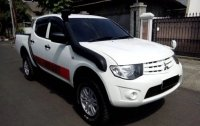 Mitsubishi: Misubishi strada triton 2014 (20200430124302-0578.jpg)