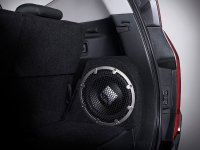 Pajero Sport: Pajero Rockford Black Edition!!! (Mitsubishi-Pajero-Sport-Rockford-Fosgate-audio-system-3.jpg)