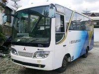 Mitsubishi Bus ps120 Th 2006 (6780627545_8854fc257d.jpg)