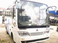 Mitsubishi Bus ps120 Th 2006 (6780628507_755bf24f18.jpg)