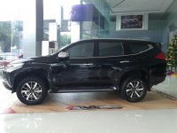 PROMO Mitsubishi ALL NEW PAJERO SPORT DAKAR 4x2 A/T 2017 (mitsubishi all new pajero sport dakar 4x2 at 2017 hitam samping.jpg)