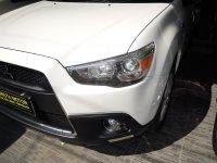 Mitsubishi: Outlander sport PX Limited Edition'12 AT Putih Ban serep belum turun
