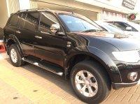 Mitsubishi: Pajero Sport Dakar 4x2 diesel 2012 matic full orisinil (1497694427319.jpg)