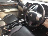 Mitsubishi: Pajero Sport Dakar 4x2 diesel 2012 matic full orisinil (1497694418312.jpg)